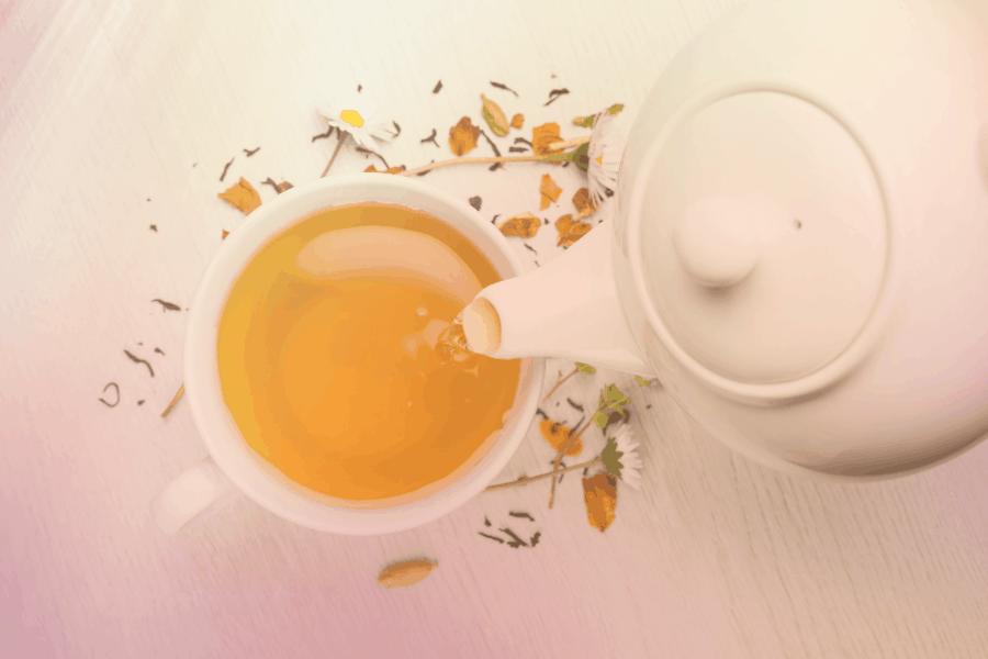 Minum teh di ladang teh Boh Cameron Highlands