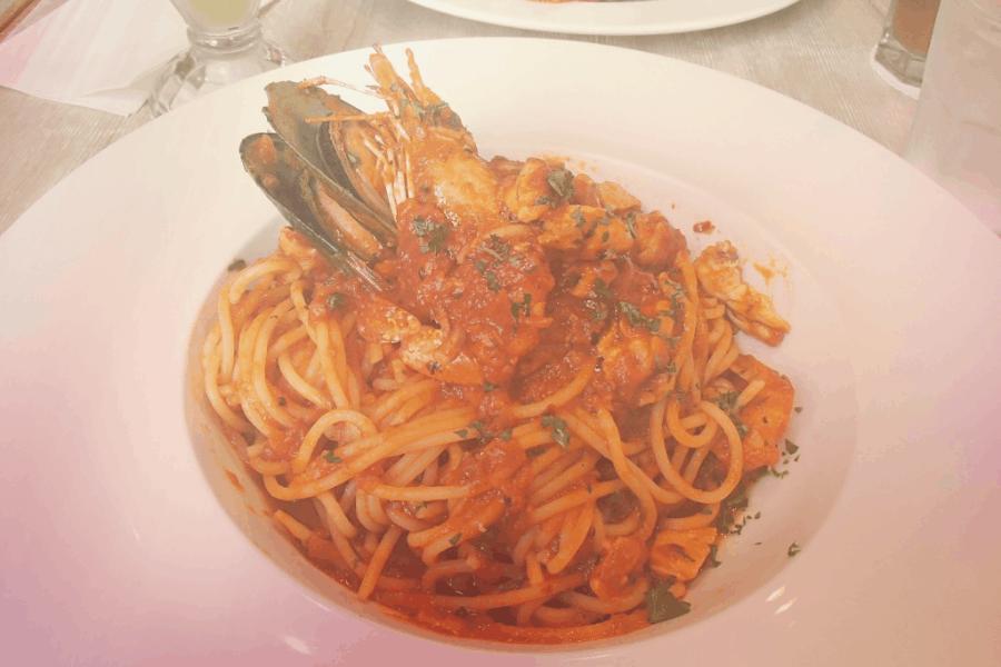 Spaghetti Seafood Marinara Restoran Serai